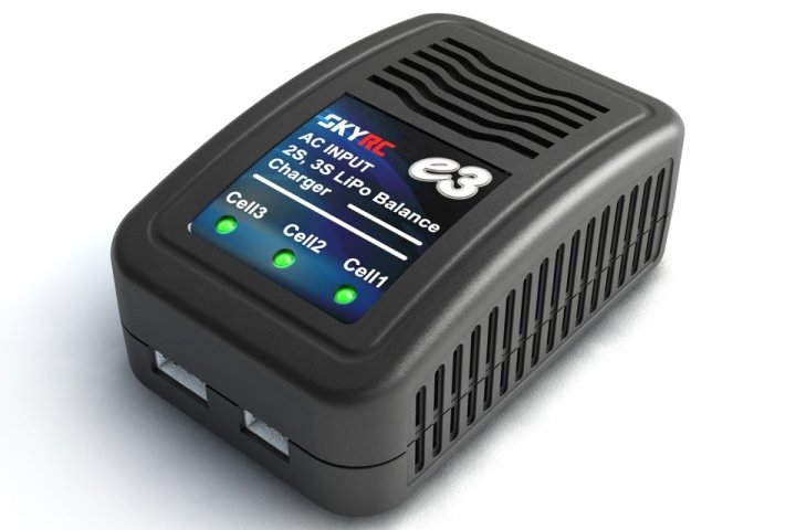 SKYRC e3 battery Charger