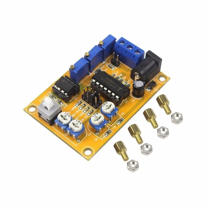 C32 ICL8038 Sine/Delta/Square Wave Signal Generator Module 10-300kHz